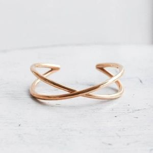 Minoux Jewelry Crossover Bracelet Cuff, Brand New